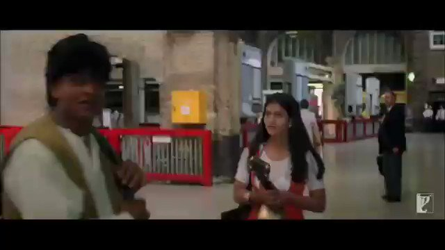 MOVIE :- DDLJ RELEASE YEAR :- 1️⃣9️⃣9️⃣5️⃣ STARRING :- SRK, KAJOL   DIRECTOR:- ADITYA CHOPRA PRODUCER:- YASH CHOPRA #SRK #kajol #YashRaj #AdityaChopra #ShahRukhKhan  #srkuniverse #DDLJ  #UditNarayan #latamangeshkar #AnandBakshi  #JatinLalit #Amrishpuri
