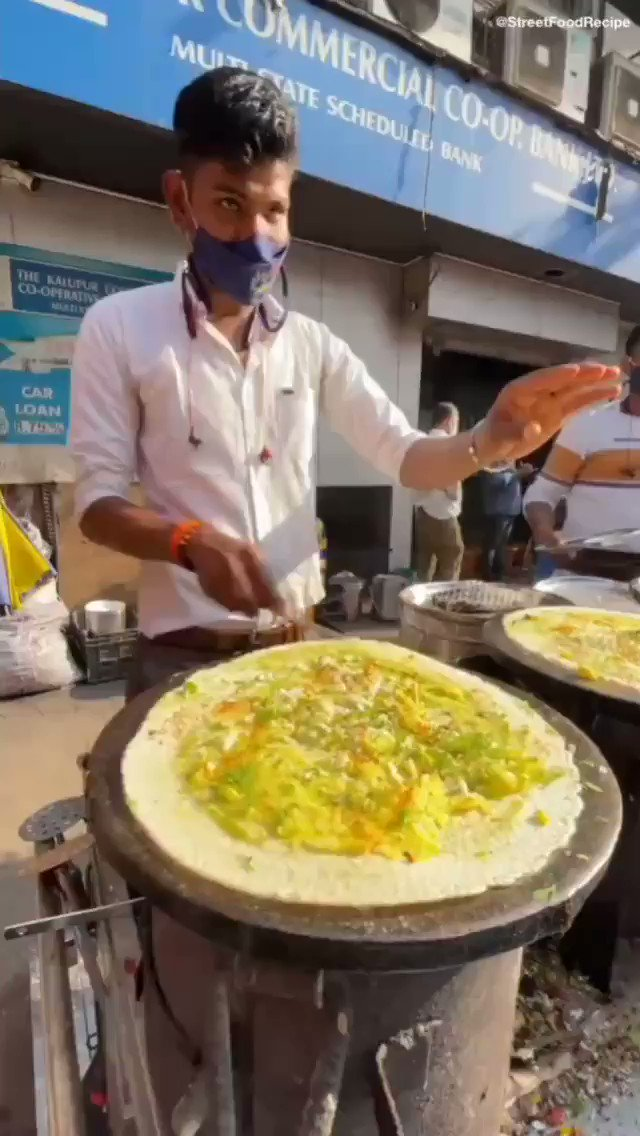 #Travel #FoodAndDrinks  ➖➖➖ #food #streetfood #streetfoodindia #dosa #flyingdosa #traveling #travelling #india #mumbai #cooking #chef #throwing #skills #streetfoodrecipe  ➖➖➖ ©️ @streetfoodrecipe /Street Food Recipes