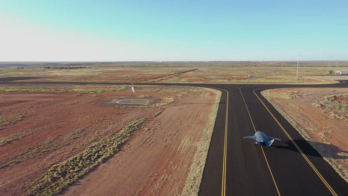 First flight of Boeing's unmanned LoyalWingman aircraft  https://t.co/bm65j1xpOy via @BoeingDefense #drone #autonomous #aviation #military #uav @SpirosMargaris @mvollmer1 @Nicochan33 @DrJDrooghaag @PawlowskiMario @ShiCooks @CurieuxExplorer