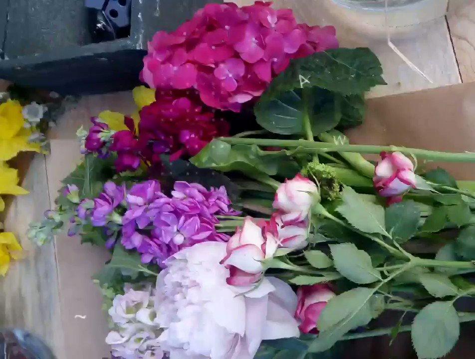 5 centros de flores originales para tu boda y evento. #boda #decoracionconflores #wedding #weddingdecor #partydeco