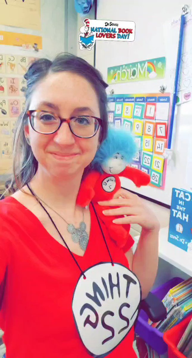Sometimes you just need a selfie with Thing 2 and 22. Happy Read Across America Day! 📚🔖#DrSeuss #ReadAcrossAmericaDay #WeAreChardon