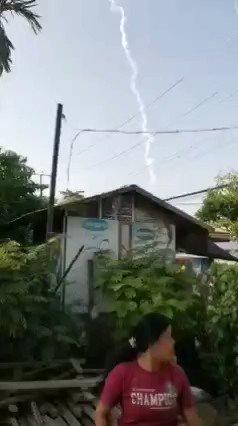 Millitary terrorist throwing teargas by airplane🥺. They think myanmar is war zone. #whatshappeningnowinmyanmar  #HearTheVoiceOfMyanmar #PresidentBiden  #CrimeAgainstHumanity