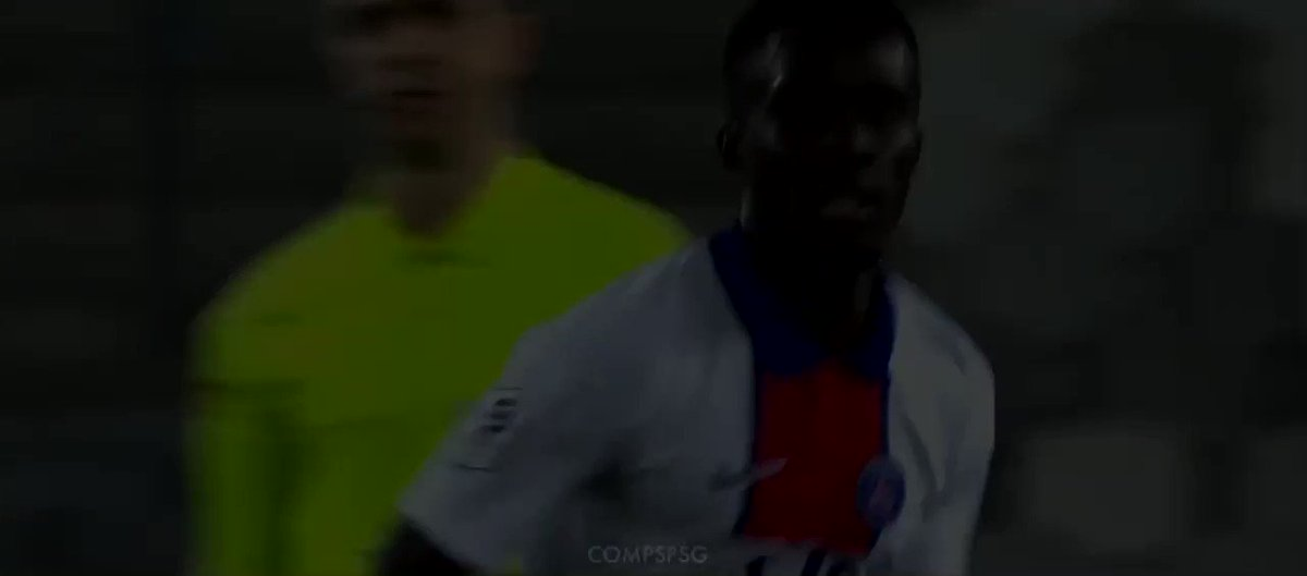 Idrissa Gueye vs Bordeaux (A) https://t.co/m5dTNjL1WS