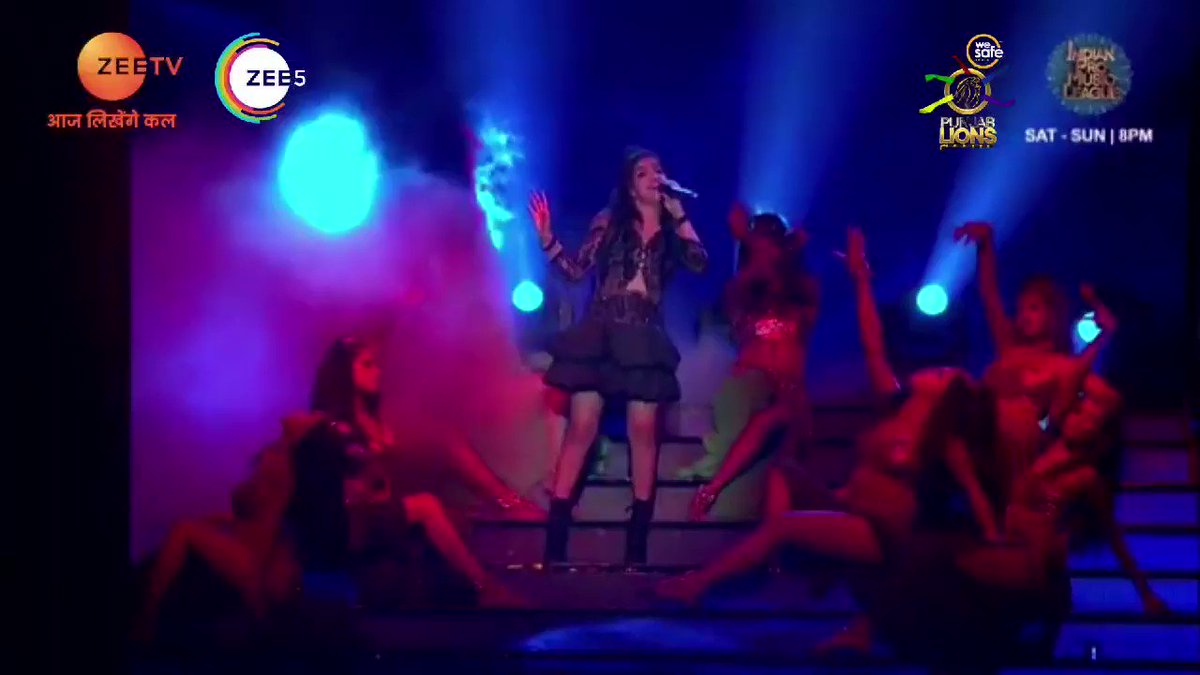 (3/1) @RupaliJagga aka the Rockstar of #WesafeindiaPunjabLions dazzled at #IPML. Take a look at our super fierce and talented @rupalijagga on #IndianProMusicLeague. Don't forget to watch #IndianProMuiscLeague at 8 Pm every Saturday & Sunday only on @zeetv & @zee5.