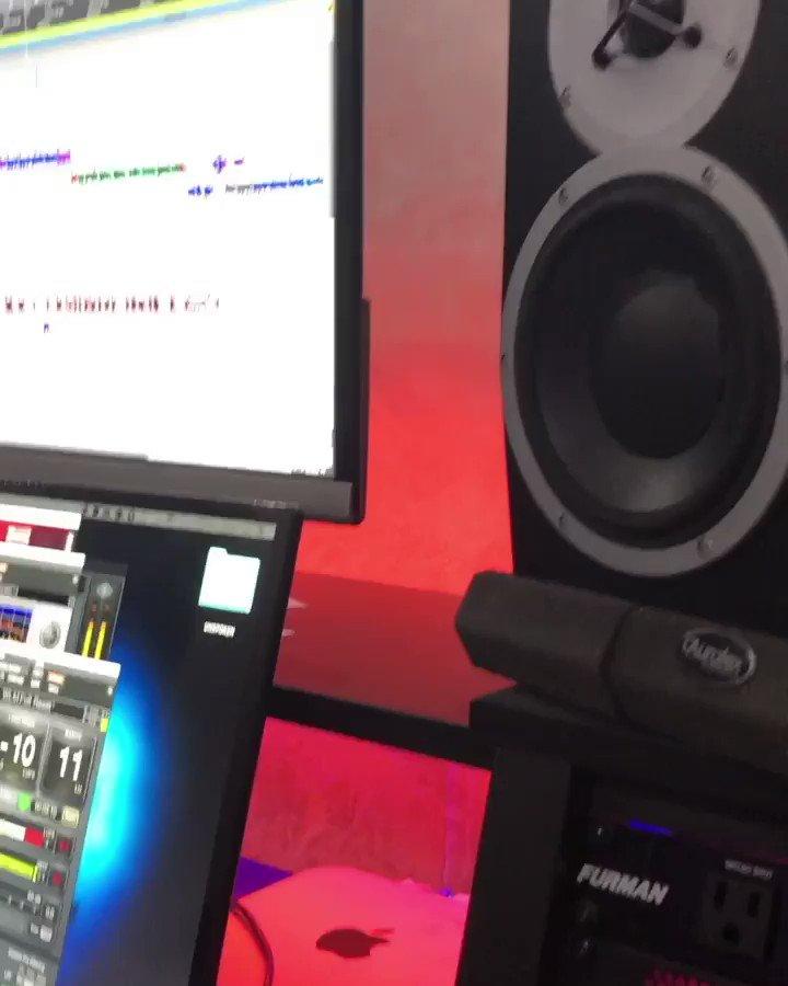 "My studio session for ""Unspoken"". A beautiful vibe, & beat! 🔥🔥🔥 @RickRoss @JusticeLeague #hiphop #Studio #vibez #beautiful  #BeatMakers #RAPPER #Rap #thursdayvibes #djs"