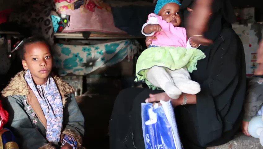 أسوأ أزمه يعيشها الشعب اليمني الشقيق .. في هذا العام وهذه الأيام .. من ينجو منهم من ويلات الحرب لاينجو من الجوع والفقر ،،  ومن ينجو من الكوليرا  لاينجو من فيروس كرونا ،،   بادروا لمد يد العون يرحمكم الله  تجوز الزكاه ✅