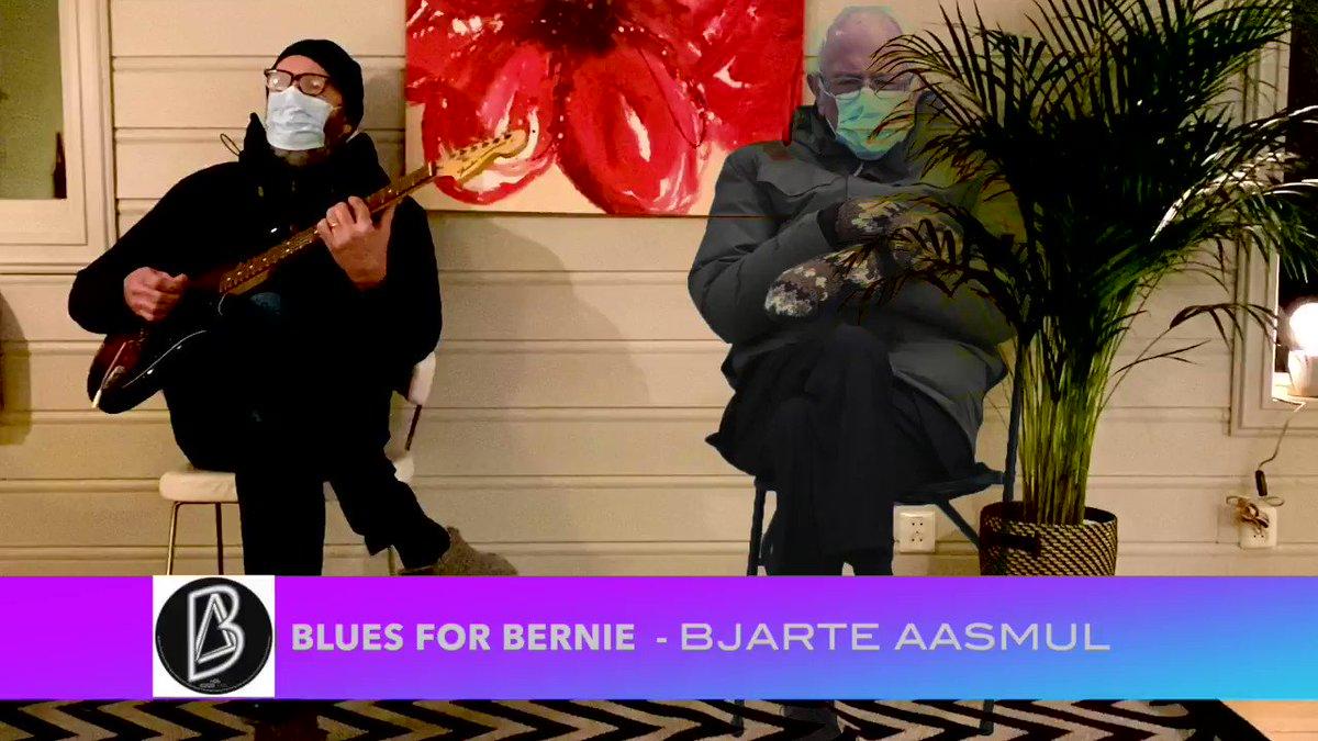 Blues for Bernie! #berniesmittens #BernieSanders #bluesforbernie