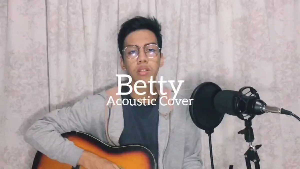 Betty - (Acoustic Cover) 🇵🇭   It's hard to be on James' position, especially to gather all the courage.   #TaylorSwift #Swiftie #TaylorsVersion #folklorealbum #evermorealbum #folklore