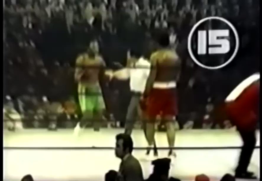 Half a Century ago the World watched as Ali-Frazier battled for the biggest purse ever. But more was at stake. Their souls&conscience of a country. Frazier's hand was raised, but Ali rose showing he possessed more than speed. Both were great& perhaps never as good again.👑 👑🥊🙏