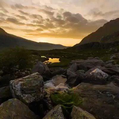 Beautiful video. BBC Cymru Wales for full length version.  #wales #cymru #lovewales #WednesdayMotivation