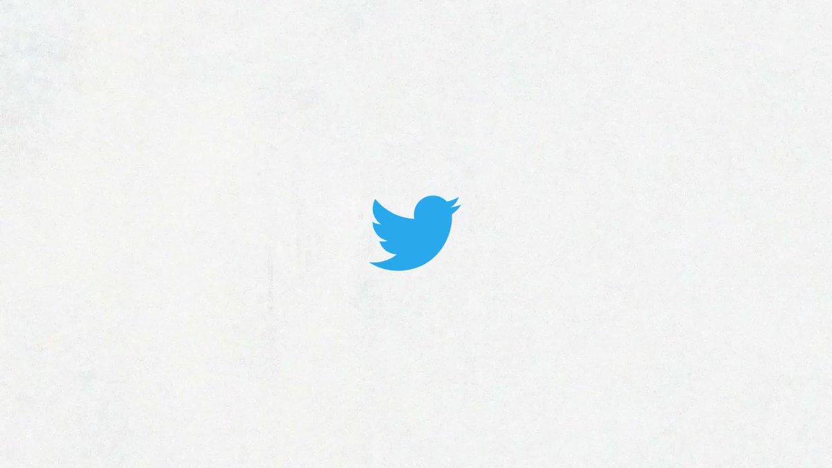 Nous travaillons sur quelque chose qui, à notre avis, devrait vous plaire : Twitter Spaces !  C'est toujours en test mais déployé prochainement. Voici à quoi ça ressemble...