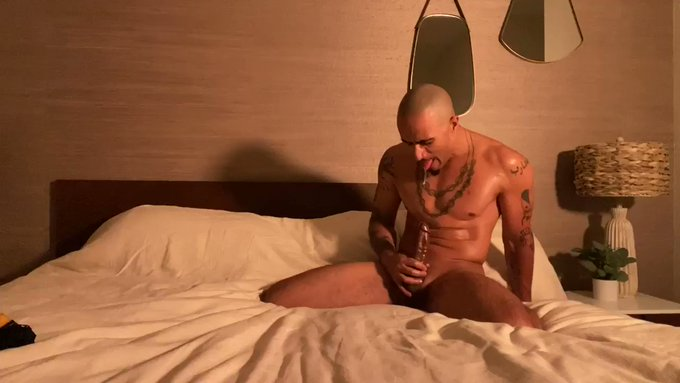 """""""Tasting My Cum 5(Good Vibrations)"""" In this new cum tasting adventure I go barefoot and use a mini wand"""