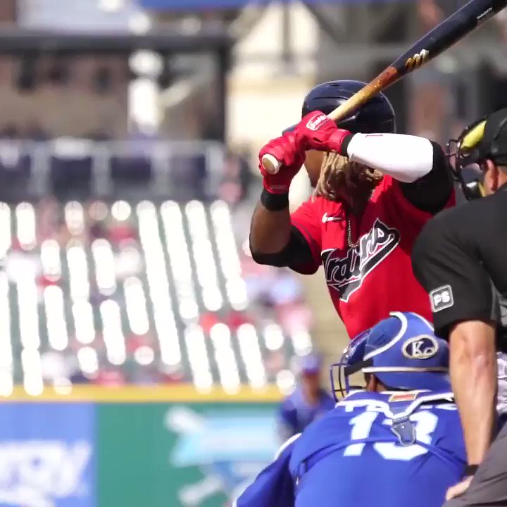 @MLBDominicana's photo on Jose Ramirez