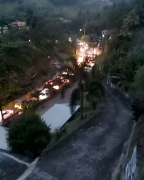 Video emerging from St Vincent and the Grenadines of the evacuation underway in La Soufriere