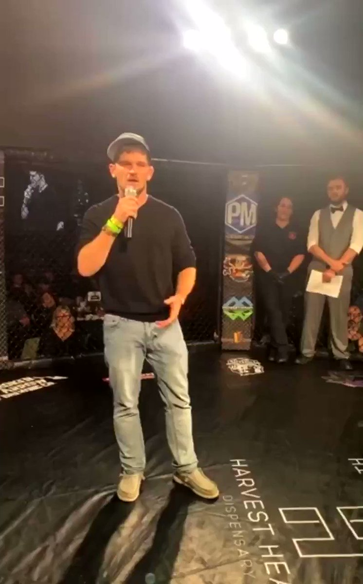 Jimmy Flick announced his retirement from fighting earlier today. 😢 pretty upset we won't get to see his grappling anymore, the man was a monster on the ground. https://t.co/ZefRYTlK1Y