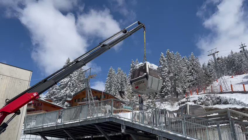 Wow! They've started to dismantle one of the lifts at the Médran #Verbier ... @verbier4Vallees @VerbierResorts