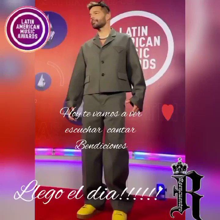 LLEGO EL DIA!!!!!! Por fin te vamos a ver y escuchar cantar,💞🙌💞🥰🌹🙏se te extraña y mucho Bendiciones bello  @ricky_martin @fc_reencuentro @LatinAMAs @Telemundo @inpulsemedia  #ricky_martin #reencuentro_fc #reencuentrosedechile #reencuentrosedemexico #portihagoloquesea