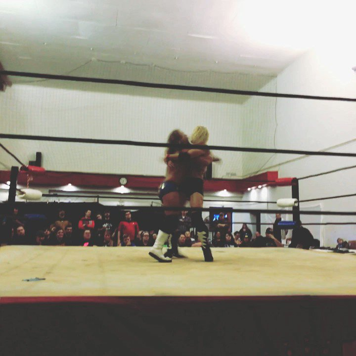 Jordy is controling the match at this time. This is an old wrestling event. #wrestling #wisconsin #independent #tbt #depere #wisconsinprowrestling #babalouies #fans #wpw