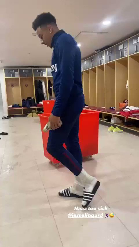 J Lingz delivering the sauce yet again 🕺  🎥 @_DeclanRice https://t.co/a0OyoGymOr