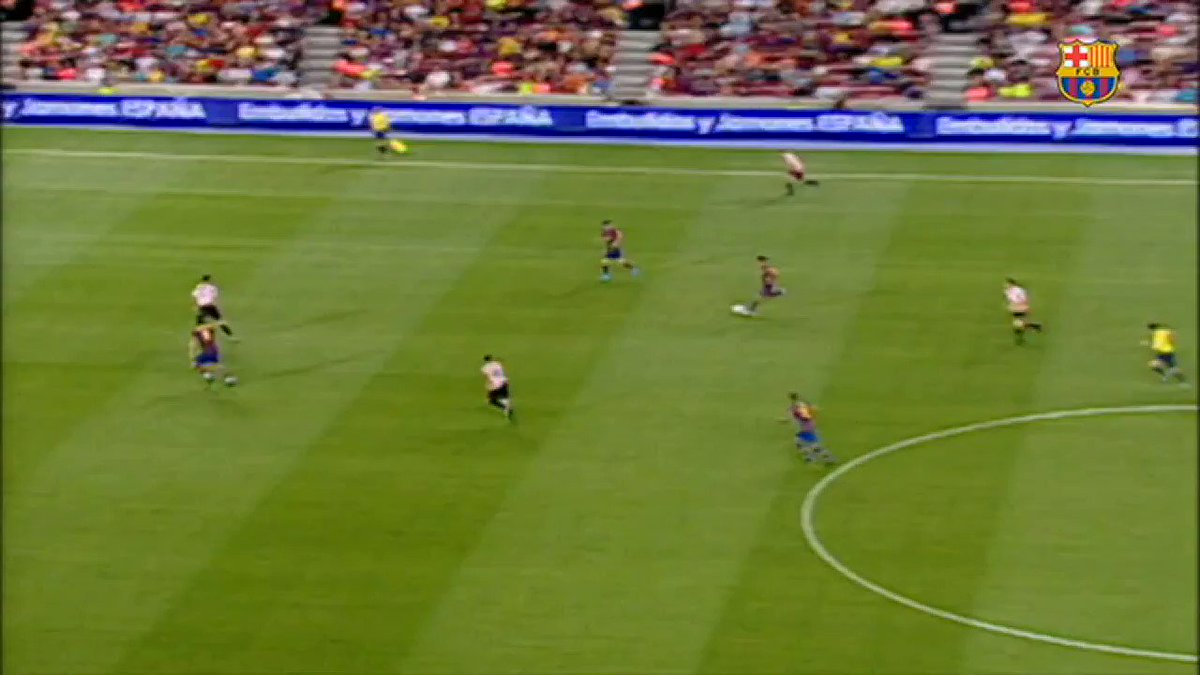 Leo #Messi's 1️⃣2️⃣ Spanish Super Cup finals:  8️⃣ titles 🏆🏆🏆🏆🏆🏆🏆🏆  1️⃣3️⃣ goals 💥💥💥💥💥💥💥💥💥💥💥💥💥  6/7 https://t.co/w3DWxnnKxW
