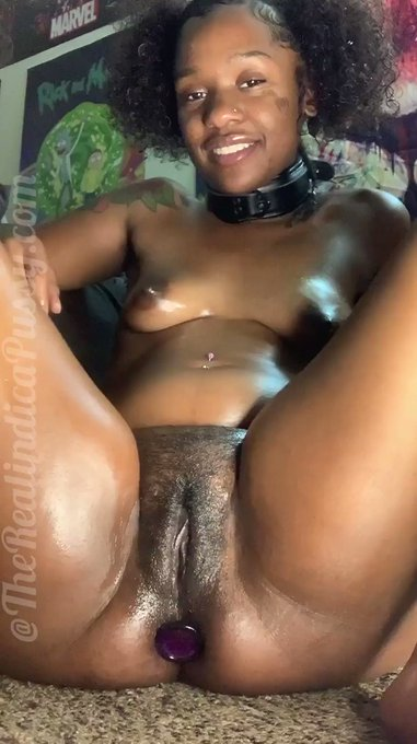 Just made another sale! Sexy ebony cum slut stretches her ass https://t.co/AD54GxKtQG #MVSales https://t