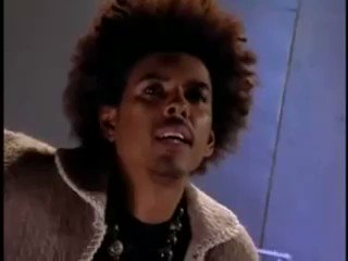 Replying to @WUTangKids: Shock G talking Biggie vs. Tupac  RIP 👃