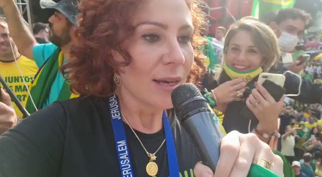 Agora na Paulista, a deputada @CarlaZambelli38 puxa o coro pelo voto auditável. É de arrepiar! https://t.co/pjFIx3Kz0W