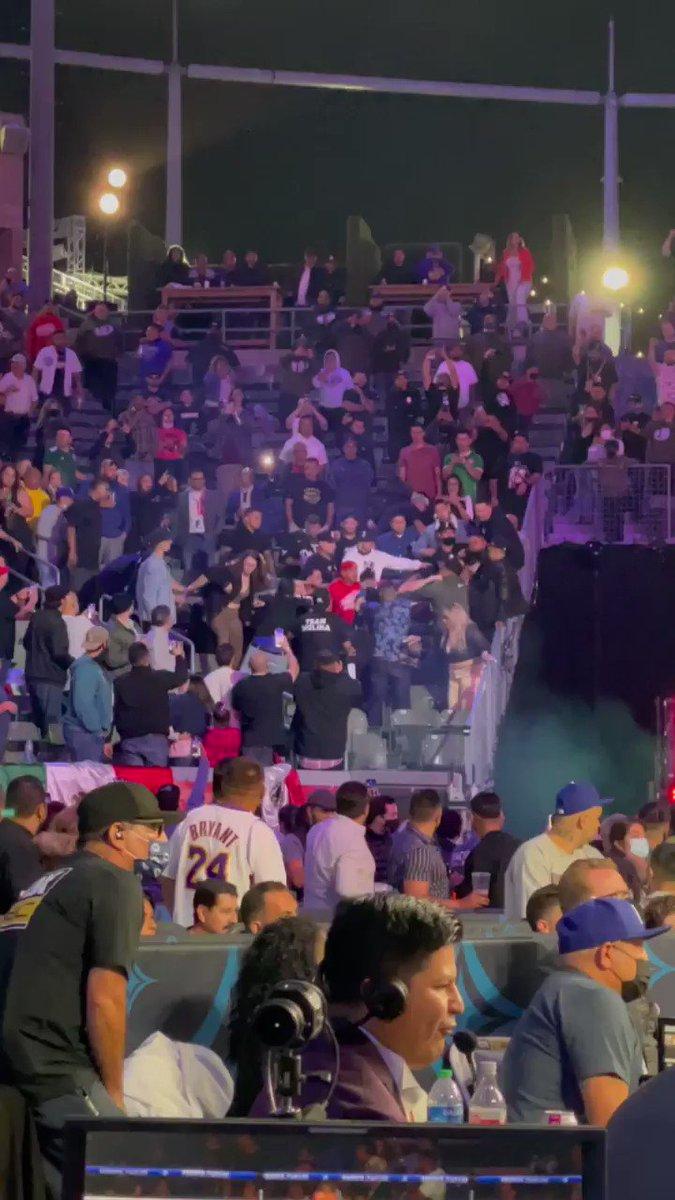 We back baby!  #Boxing is back at Stub Hub center! #RuizArreola https://t.co/aMLB3OMCjm