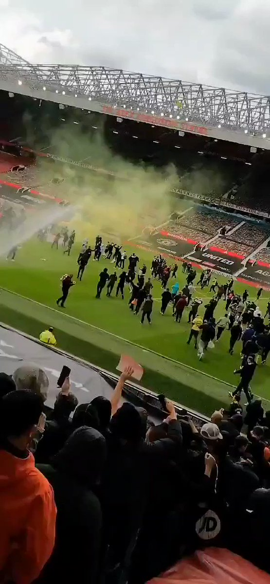 It's already kicked off at Old Trafford https://t.co/0wCVFSTAEA
