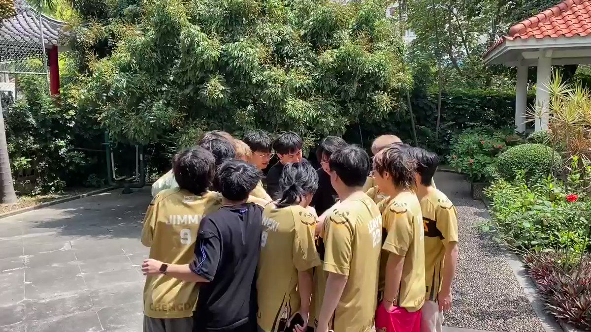 @ChengduHunters's photo on #Owl2021