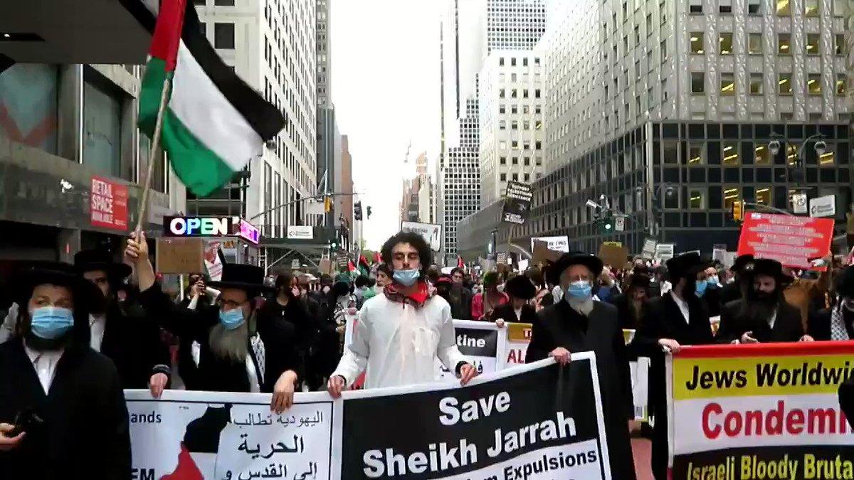 Judíos ortodoxos marchan en Nueva York en solidaridad con Palestina. https://t.co/svTwljuUVA