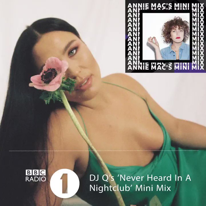 On @BBCR1's most recent Mini Mix, @anniemacmanus   and @djqmusic  kicked our weekend off with the Bassboy remix of @MollyHammar's single FRIENDS! https://t.co/WoOlmZm89r