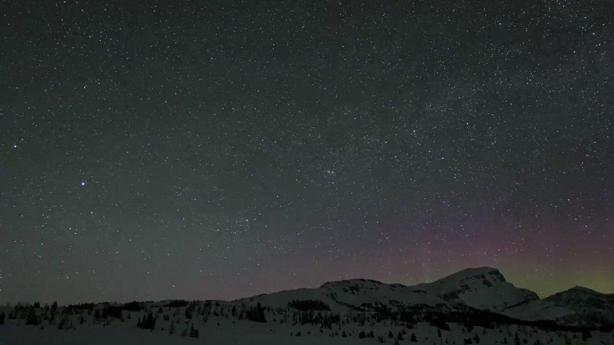 Fabulous #SkyAtNight in #SunshineVillage  #aurora @SunshineVillage