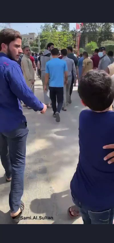 RT @AlaHamdann: @Mike_Pence I stand with this boy from Gaza who just lost his dad due to Israeli bombing https://t.co/DHmwVqRrAh