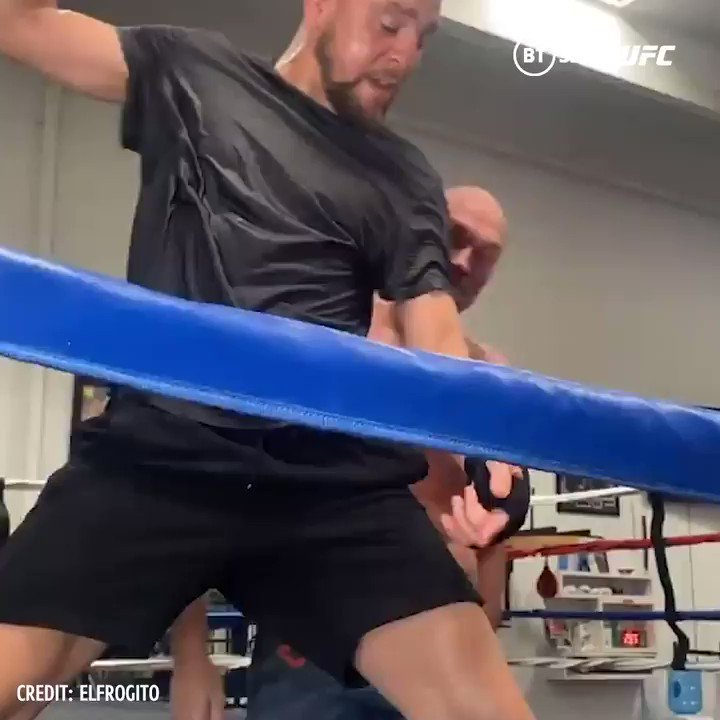 🤜🤛  @NickDiaz209 and @Tyson_Fury.  The team-up we never knew we needed! https://t.co/4zmFUk6p7u