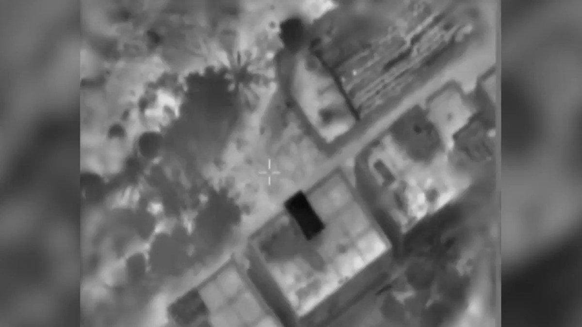 أغارت طائرات حربية قبل قليل على مقر الأمن الداخلي التابع لحماس والذي يستخدم كبنية إرهابية في شمال قطاع…
