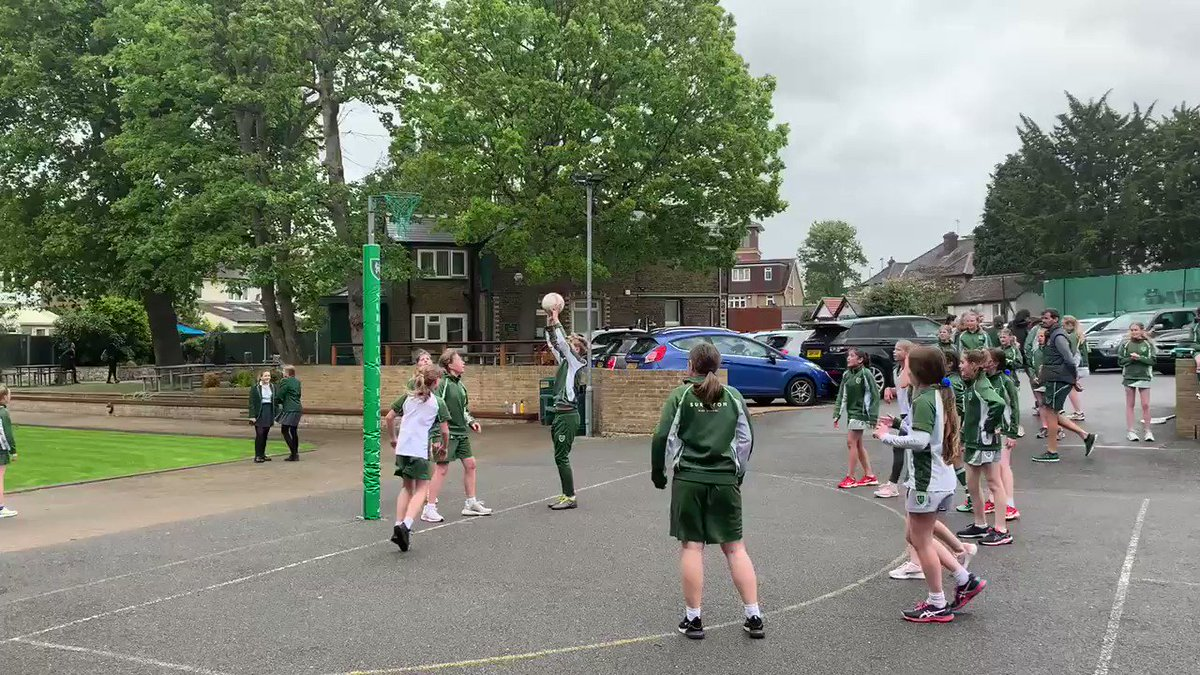 Super proud of the Year 7s again today in their netball match! Well done @SHSTeresa :)) #shscurie @SurbitonHigh @SHSYear7