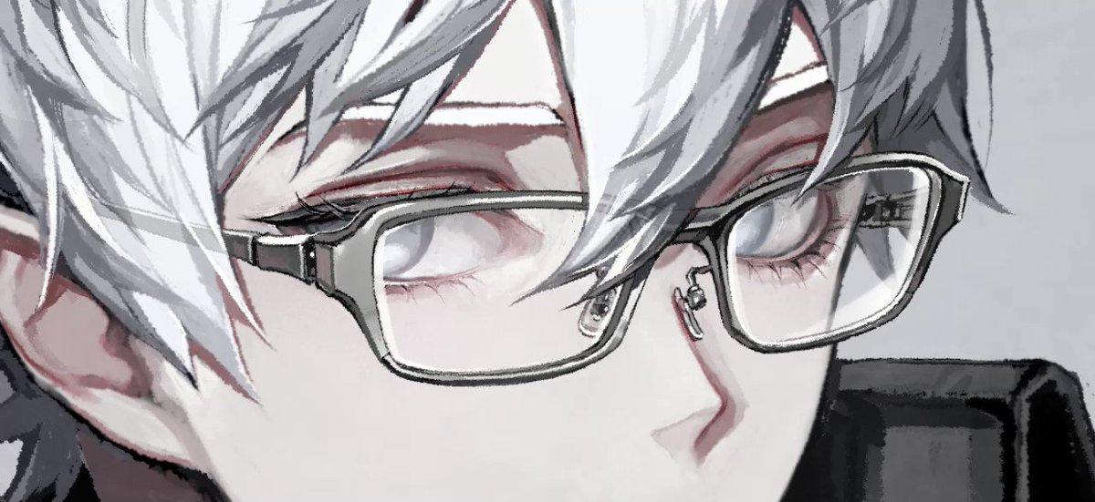 どうぞ、メガネです