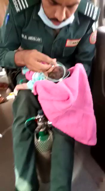 Atleast he is trying to save a newly born life through every effort. Respect for him 💝 https://t.co/J4jUxD4xJa