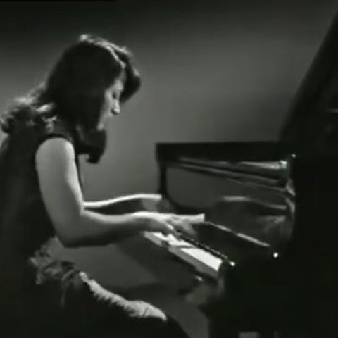 Argerich plays Liszt Hungarian rhapsody No6 アルゲリッチplaysリスト「ハンガリー狂詩曲6番」