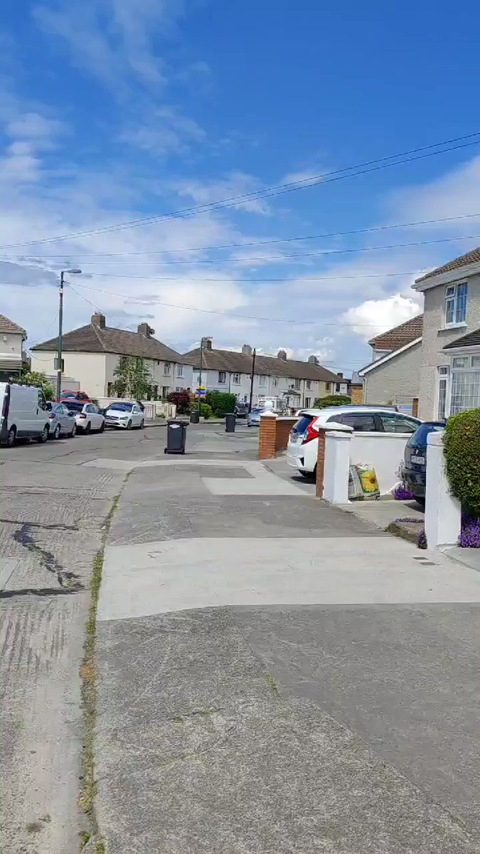"""Ice cream van in my area using the Godfather theme as its music.  """"You come into my house on the day my daughter is to be married, and you ask me ... for a 99 with a flake."""" https://t.co/aE0qeKJFYC"""