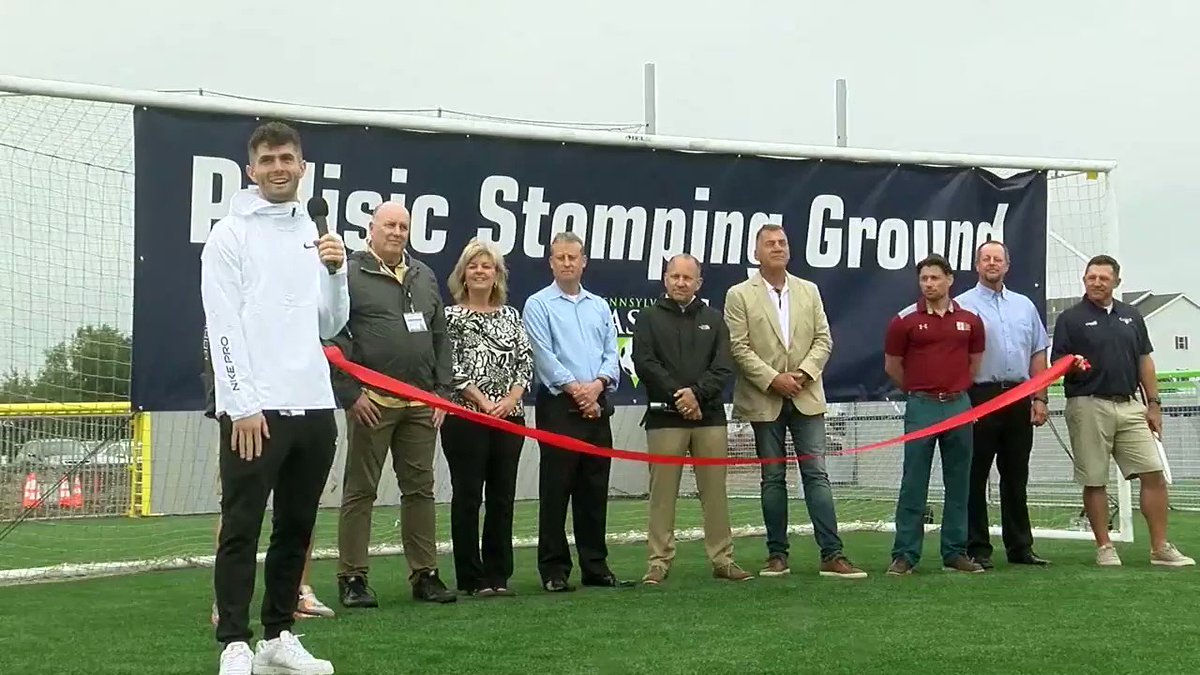 HOMECOMING: Hershey native Christian Pulisic (@cpulisic_10) cuts the ribbon on his brand new training facility here in Lancaster!  The trailblazing American soccer star now sets up the next generation to do the same on the fields he grew up playing on.  @USMNT I @HersheyPA https://t.co/9vqSayjurj