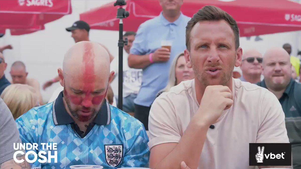Every England fan 😂🤣😂  @Kalvinphillips 💪  ⬇️Full Video⬇️ https://t.co/XxqDvpUaCZ  W/@VBET_uk  #Ad #begambleaware https://t.co/YuVa7uGNAF