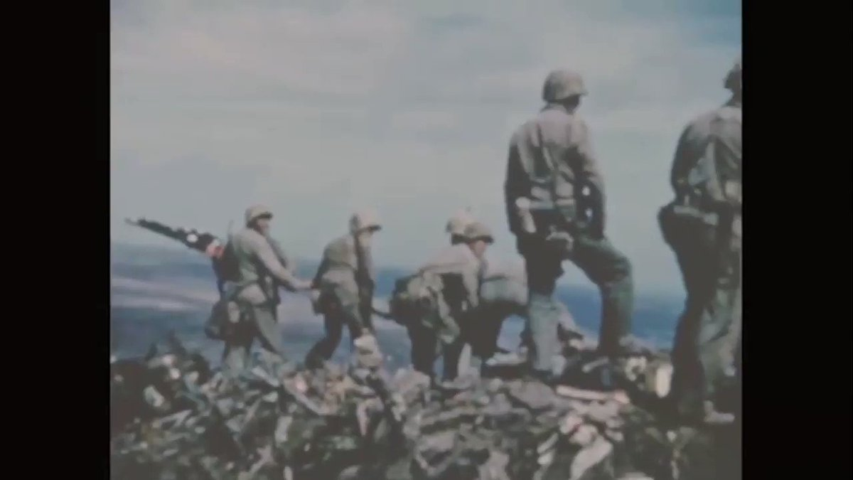 #FlagDay 🇺🇸    Without a doubt, the flag raised on Iwo Jima and captured in the iconic photo is the most important artifact in our collection.       #Flag #Sunday #USMCMuseum #USMC #WW2 #Marines #Oorah #NeverForget #History https://t.co/LegrWfWCtZ