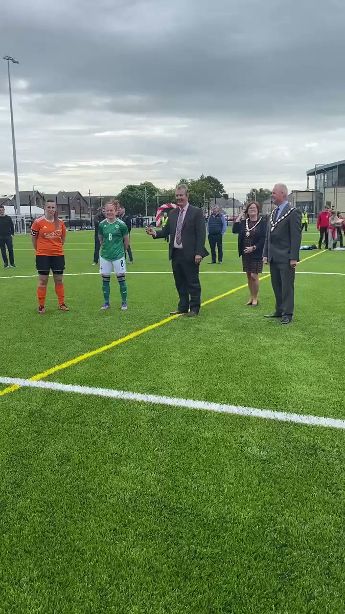 Official opening of our new full-size SISTURF 3G FIFA, GAA and World Rugby pitch at Maghera Leisure Centre. https://t.co/LvNFxb87Eb