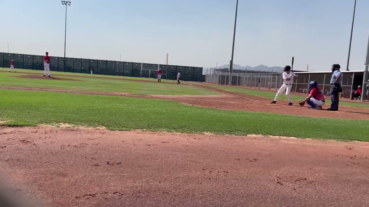 Image for the Tweet beginning: Line Drive single to right