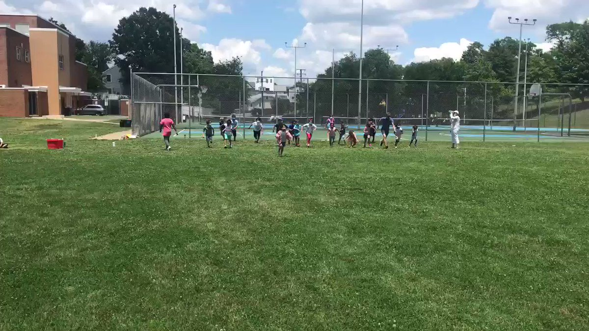 Thanks for the fun today <a target='_blank' href='http://twitter.com/MrMartiniMusic'>@MrMartiniMusic</a> !! First graders had a blast playing and racing with you today! <a target='_blank' href='https://t.co/F4dQj7bxDw'>https://t.co/F4dQj7bxDw</a>