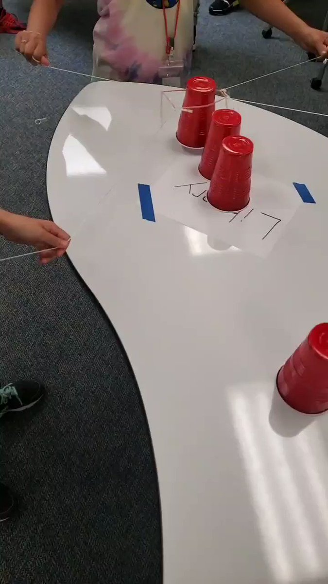 Team building 💪 🙌 #wellnesscamp @EppsIslandKISD @KleinISD https://t.co/7gjXSPCmvH