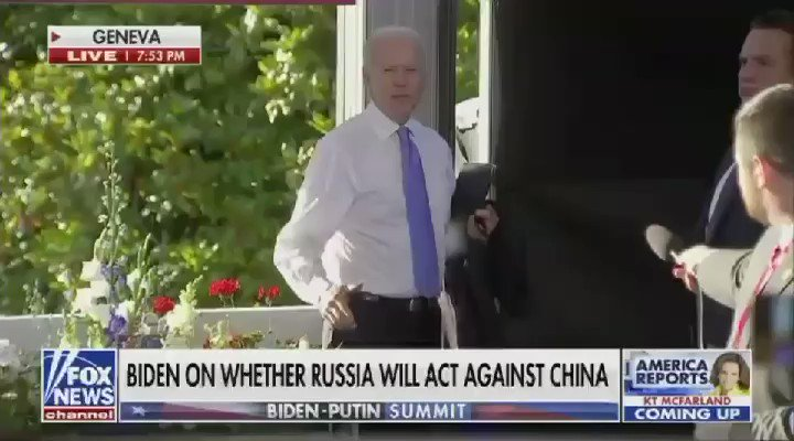 """Pres. Biden snaps at CNN's Kaitlan Collins: """"Why are you so confident [Vladimir Putin] will change his behavior, Mr. President?"""" """"I'm not confident he's going to change his behavior. What the hell?! What do you do all the time? When did I say I was confident?""""@JoeBiden https://t.co/MZ6O2UudrK"""