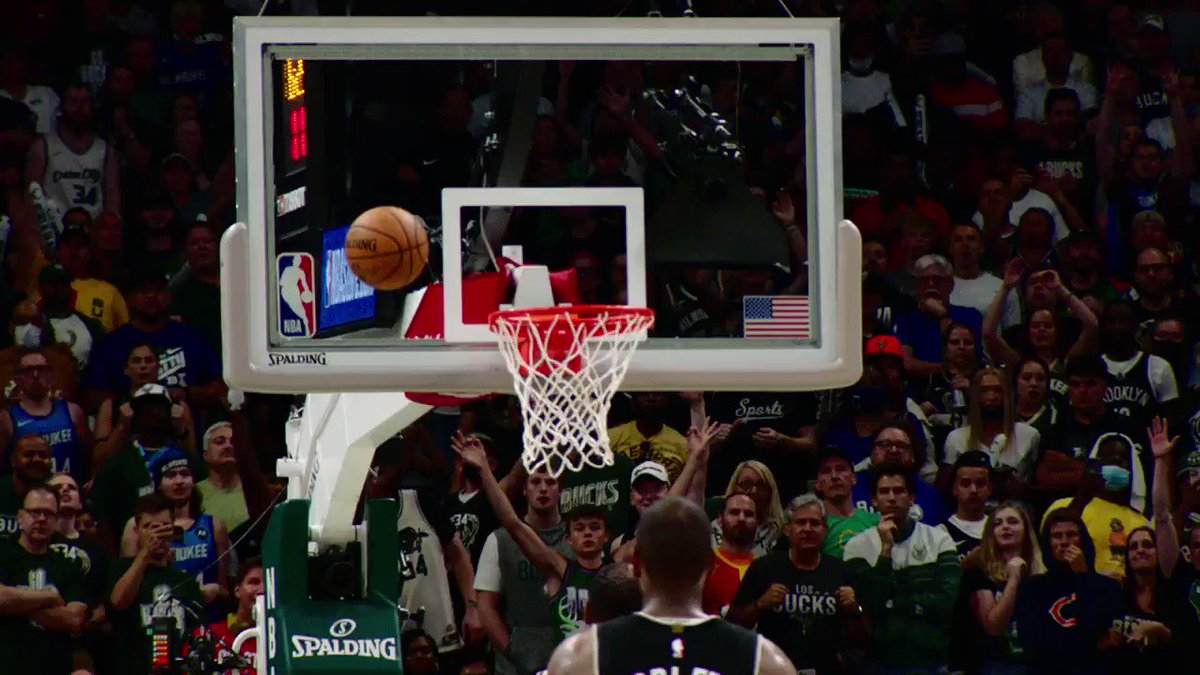 Giannis takes it back up STRONG in #PhantomCam! #ThatsGame https://t.co/EVVl1wrmjY #NBA